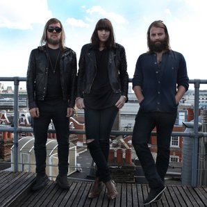Band of Skulls on the roof live for XFM